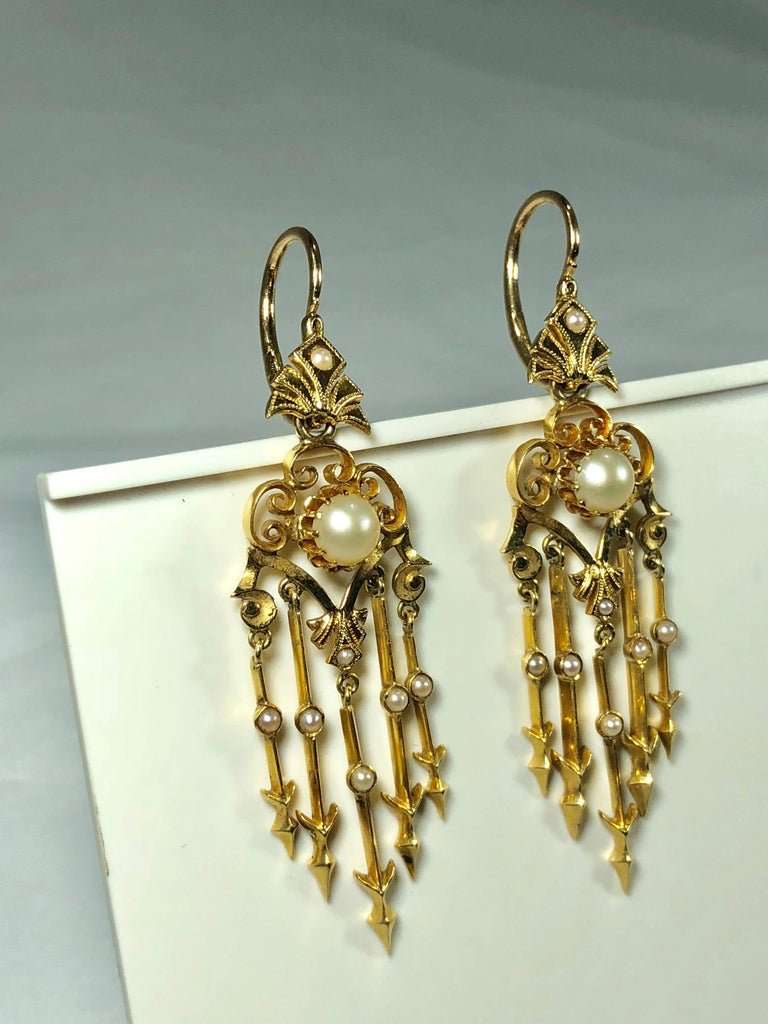 Antique Victorian 18 Karat Natural Pearl and Seed Pearl Chandelier Earrings For Sale 5