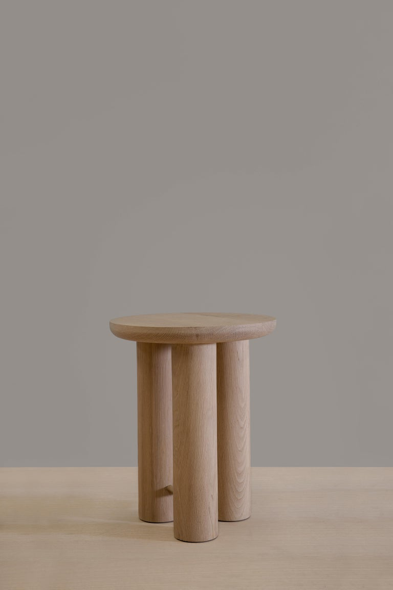 Antropología 02 is an oak stool and side table designed by Raul de la Cerda for BREUER ESTUDIO. This pies is part of Antropología Collection in which Raul collaborated with BREUER to create exceptional pieces.   Raul de la Cerda is an
