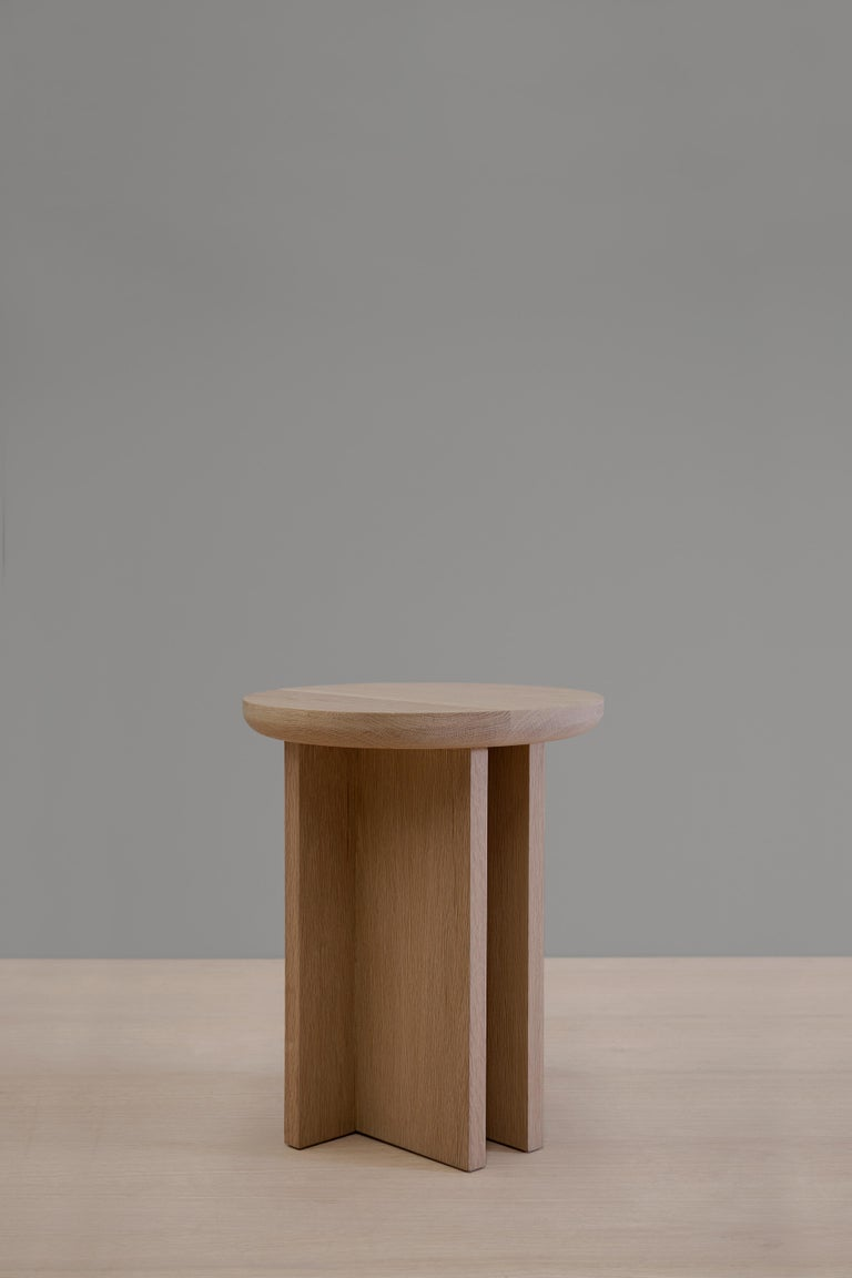 Antropología 03 is an oak stool and side table designed by Raul de la Cerda for Breuer Estudio. This pies is part of Antropología Collection in which Raul collaborated with Breuer to create exceptional pieces. 