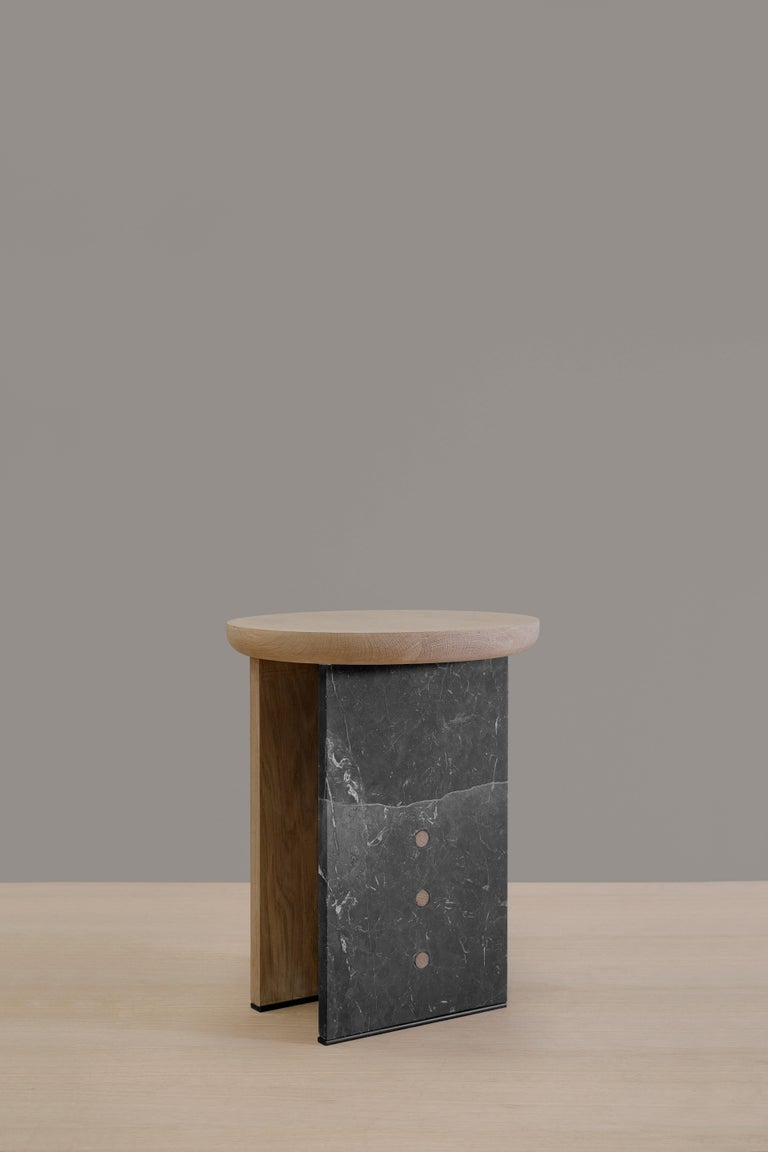 Antropología 05 is an oak and marble stool and side table designed by Raul de la Cerda for Breuer Estudio. This pies is part of Antropología Collection in which Raul collaborated with Breuer to create exceptional pieces.   Raul de la Cerda is an