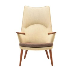 AP27 Mama Bear Armchair by Hans J. Wegner for AP Stolen, 1960s Original Fabric