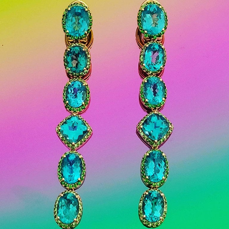 Apatite Paraiba Cocktail Long Earrings with 18 Karat Gold and Green Garnet For Sale 1