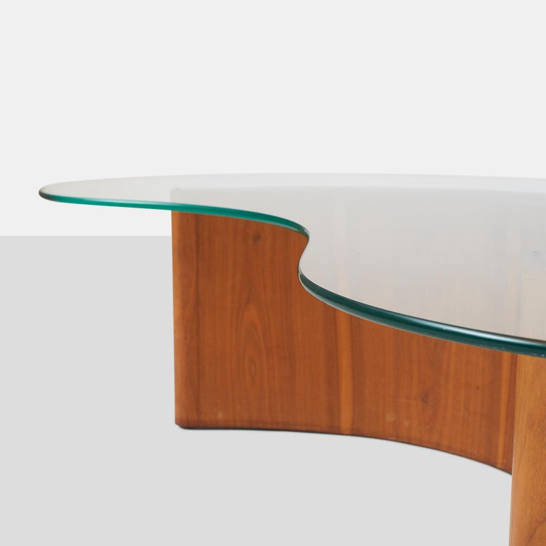 Mid-Century Modern Apostrophe Shape Coffee Table Attributed to Vladimir Kagan For Sale