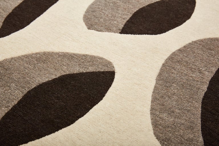 Modern Apparence Carpet, Hand Knotted in Wool, 100 Kpi, Xavier Lust For Sale