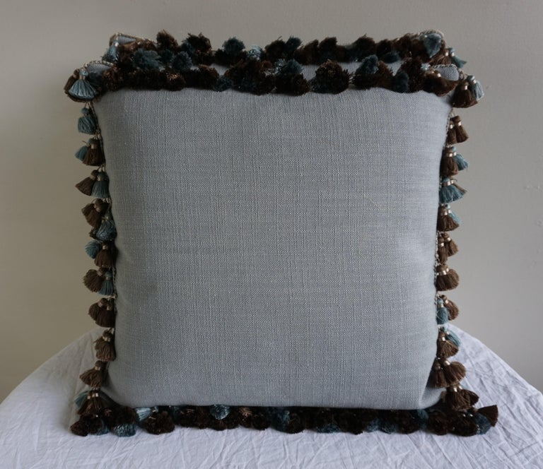 Appliqué Velvet Pillows with Tassels by Melissa Levinson-a Pair In Excellent Condition For Sale In Los Angeles, CA
