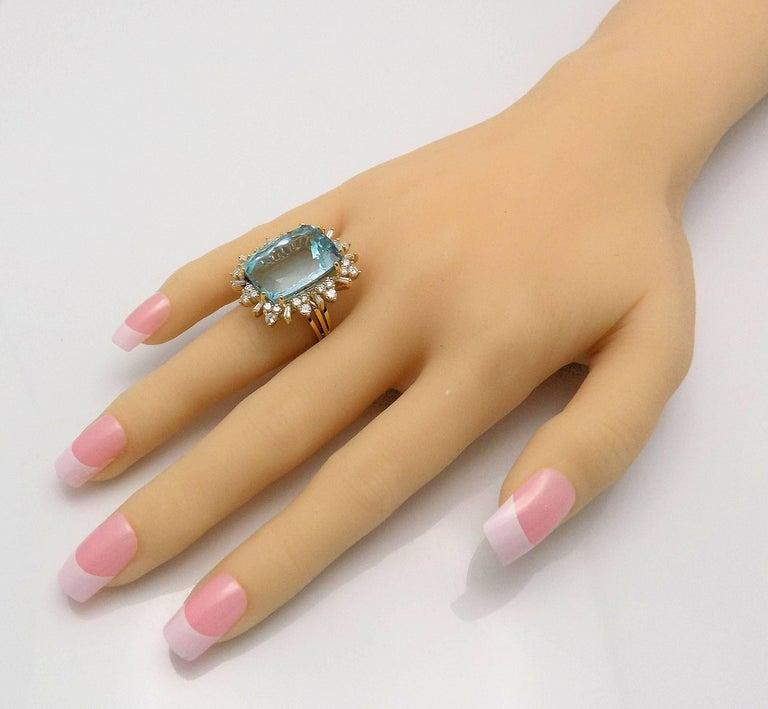 Women's Aquamarine and Diamond Ring For Sale