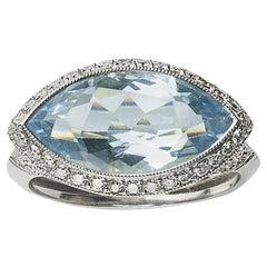 Aquamarine 4.69 Carat and Diamond Ring