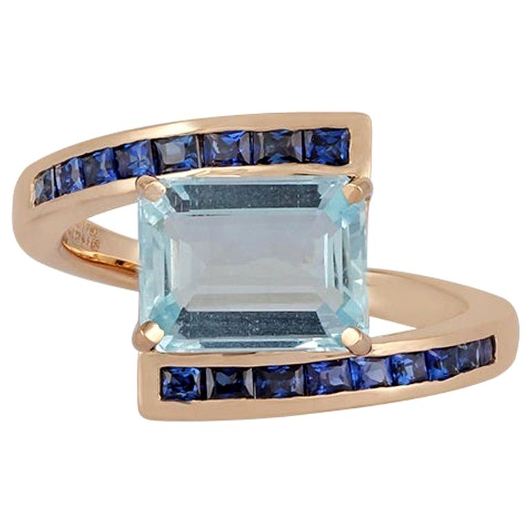 Aquamarine and Blue Sapphire Ring Studded in 18 Karat Yellow Gold