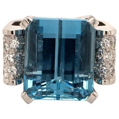 Aquamarine and Diamond in White Gold