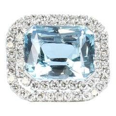 Aquamarine and Diamond Pin/Pendant Set in 14 Karat White Gold