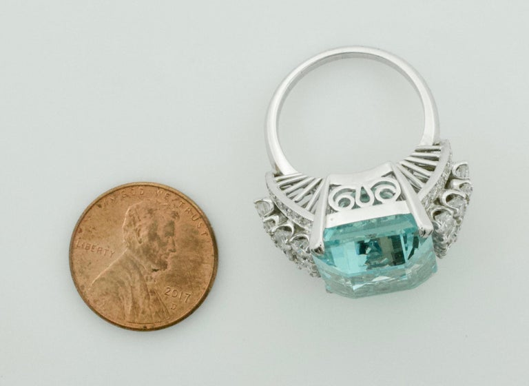 Aquamarine and Diamond Platinum Ring 20.00 Carat For Sale 1