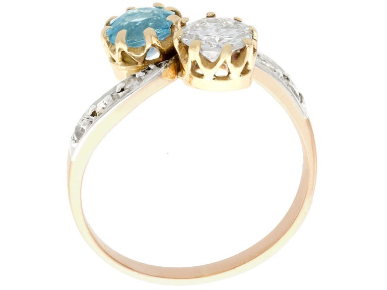 Antique Aquamarine and Diamond Yellow Gold Twist Ring, Circa 1900 In Excellent Condition For Sale In Jesmond, Newcastle Upon Tyne