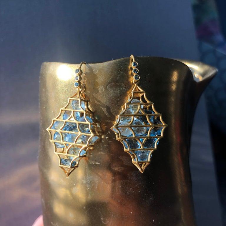 Aquamarine Blue Topaz Gold Earrings by Lauren Harper In New Condition For Sale In Winnetka, IL