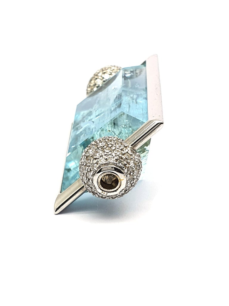 Women's Aquamarine Clasp, 42.80 Carat in an 18K White Gold Frame & Pave Set Diamond Caps For Sale