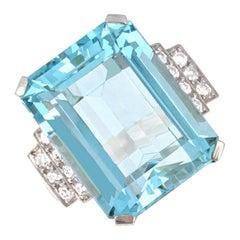 Aquamarine, Diamond, and Platinum Ring