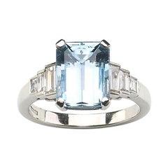 Aquamarine Diamond and Platinum Ring