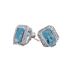 Aquamarine Diamond Earrings in 18 Karat Gold