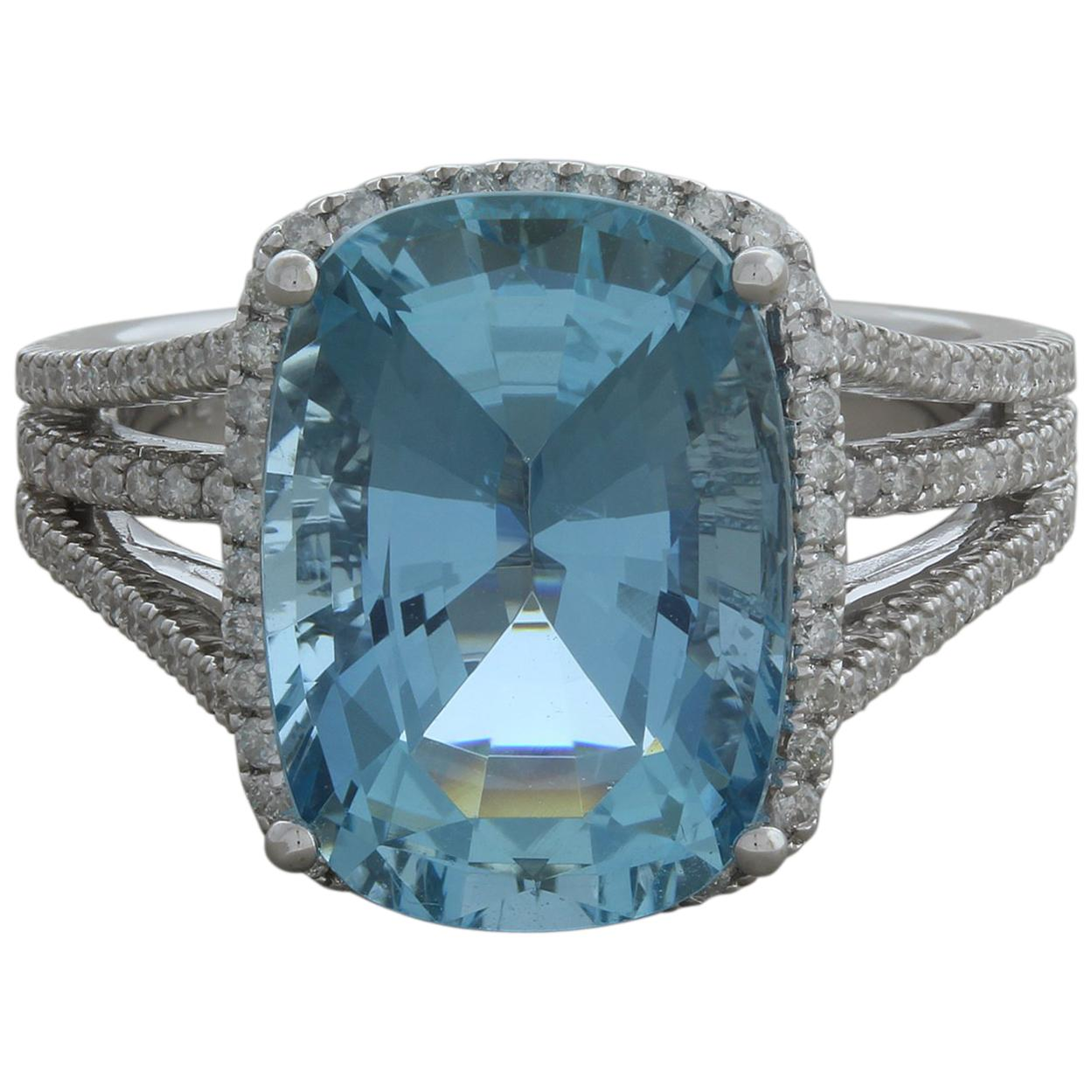 Aquamarine Diamond Gold Cocktail Ring