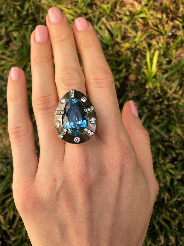 Contemporary Natural Aquamarine Ring Pear Shape 13.70 Carats
