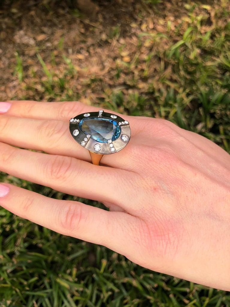 Women's Aquamarine Diamond Gold Ring 13.70 Carat Pear Shape Tamir For Sale