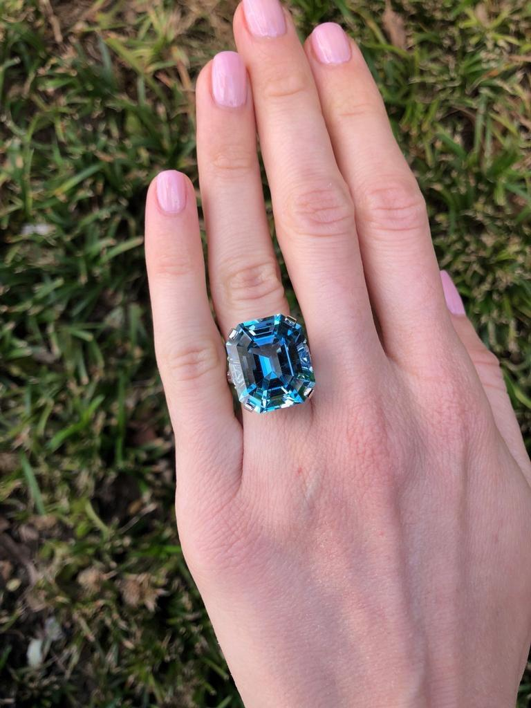 Blue Aquamarine Cocktail Ring Emerald Cut Diamond Platinum Ring  In New Condition For Sale In Beverly Hills, CA