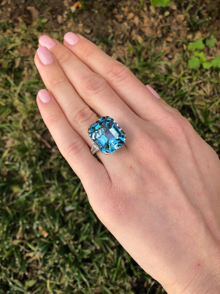 Women's Aquamarine Emerald Cut Diamond Platinum Blue Ring 20.37 Carat For Sale
