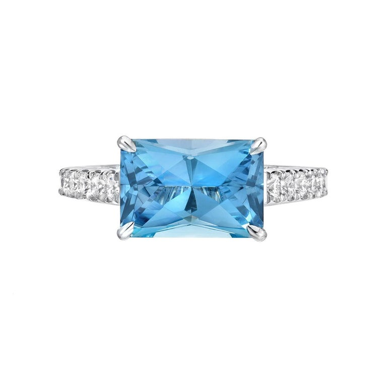 Emerald Cut Radiant Aquamarine Ring 2.59 Carat For Sale