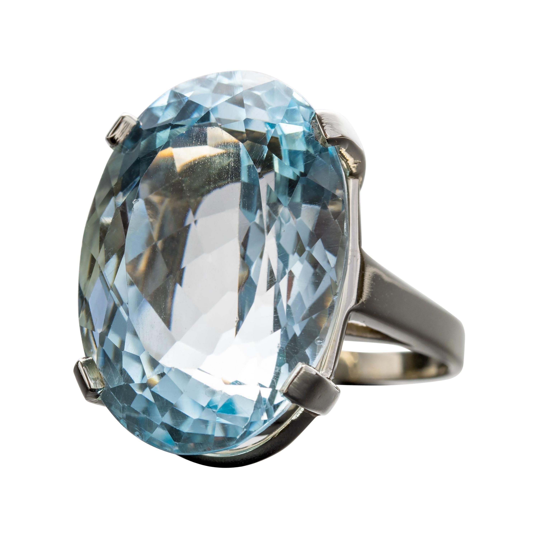 Aquamarine Ring 30-Carat Oval Gem
