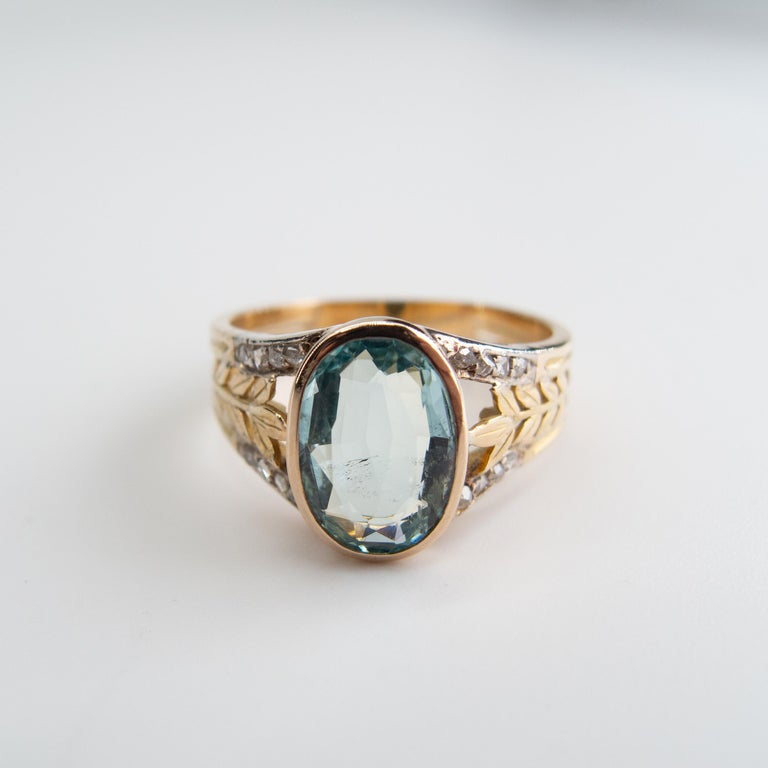Oval Cut Aquamarine Ring from France, circa 1910 For Sale