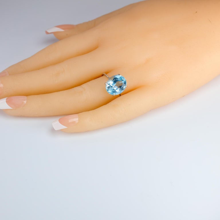 Aquamarine Ring in White Gold For Sale 6