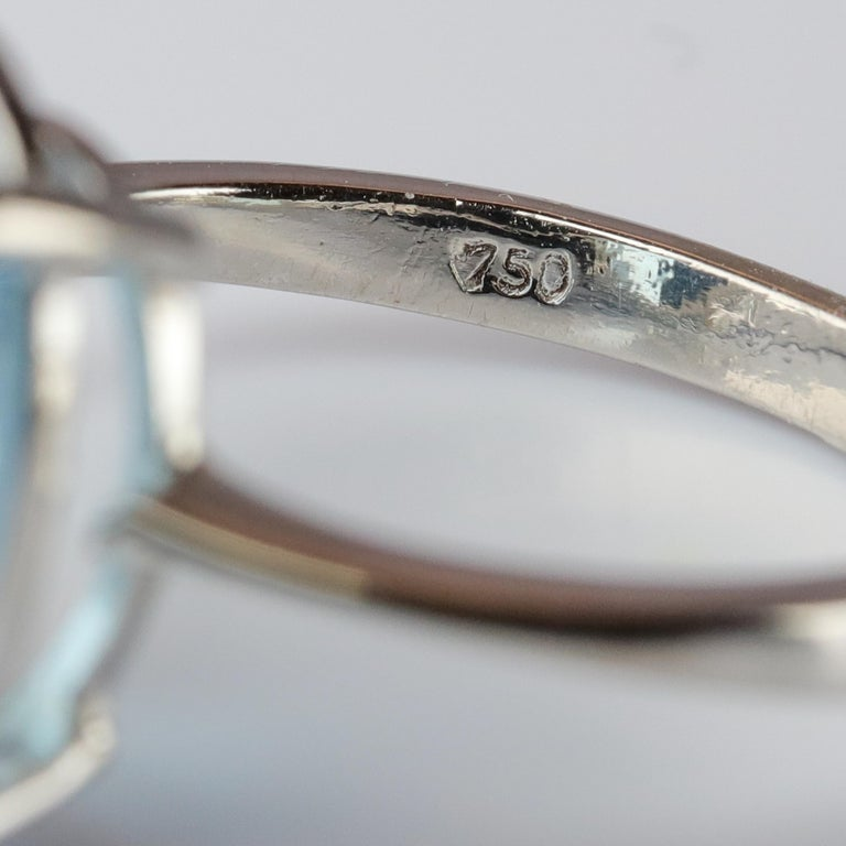 Aquamarine Ring in White Gold For Sale 4