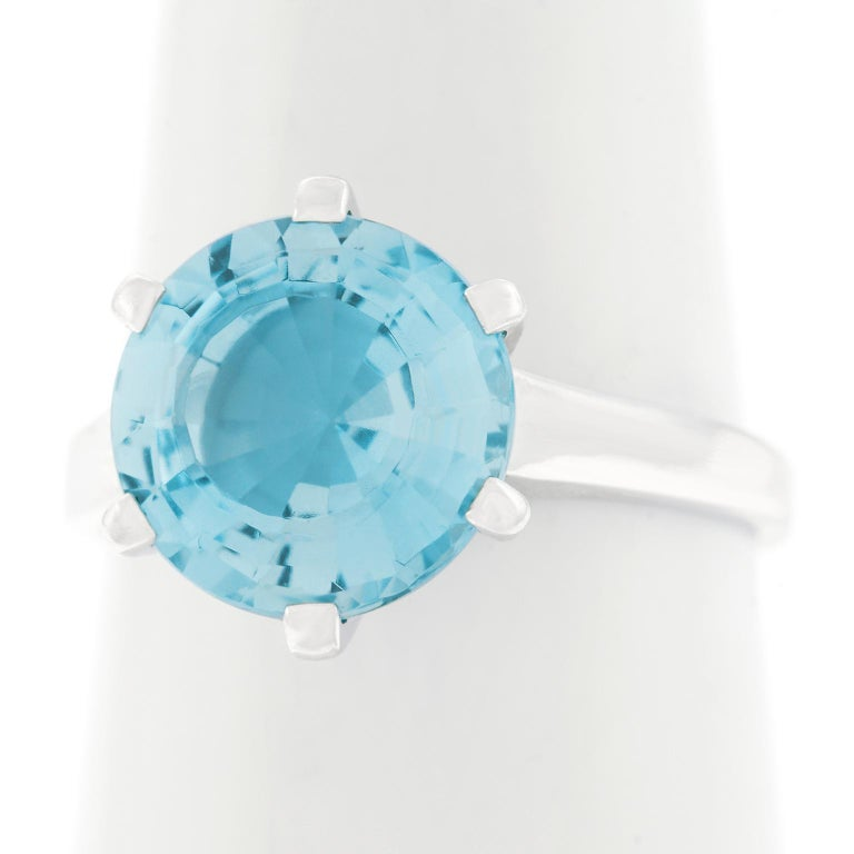 Aquamarine Set White Gold Ring For Sale 4