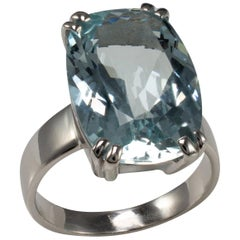 10ct Aquamarine Ring 18 Karat White Gold, Contemporary Statement Jewelry