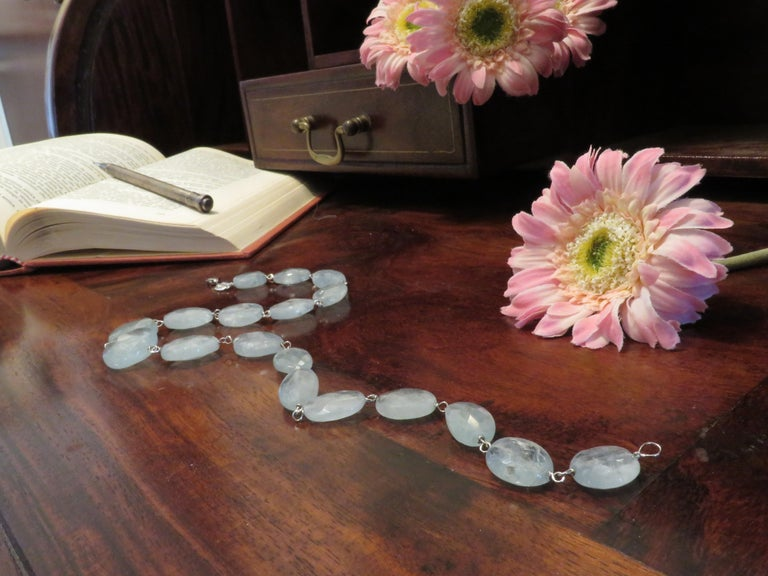 Aquamarine White Gold Necklace Handcrafted in Italy by Botta Gioielli For Sale 1