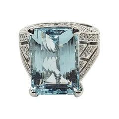 Aquamarine with Diamond Ring Set in 18 Karat White Gold Settings
