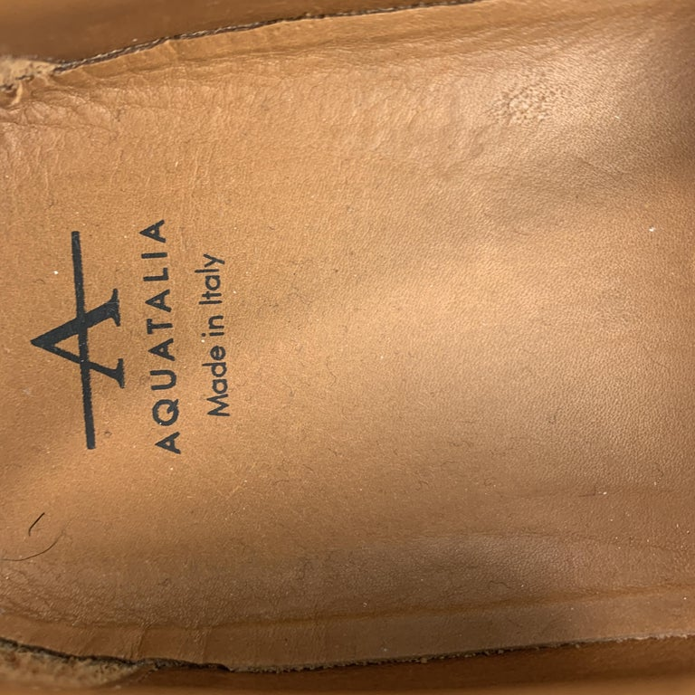 AQUATALIA Size 10 Navy Woven Leather Slip On Sneakers In Good Condition For Sale In San Francisco, CA