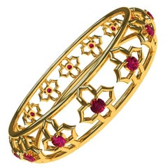 Arabesque 18 Karat Yellow Gold and Ruby Bangle
