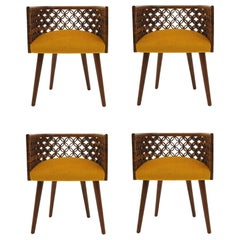 Arabesque Dining Chair in American Walnut, Set of 4