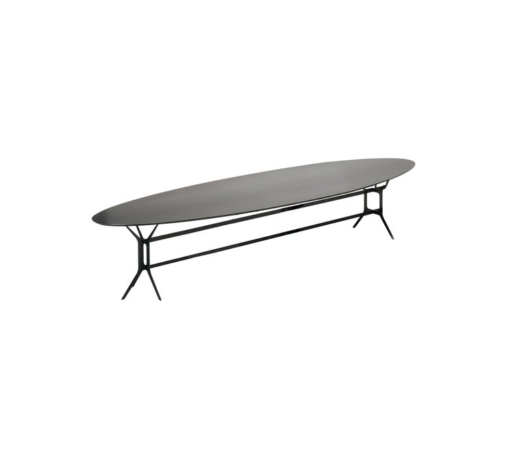 Modern In Stock in Los Angeles, Arabesque Black Metal Dining Table, Made in Italy For Sale