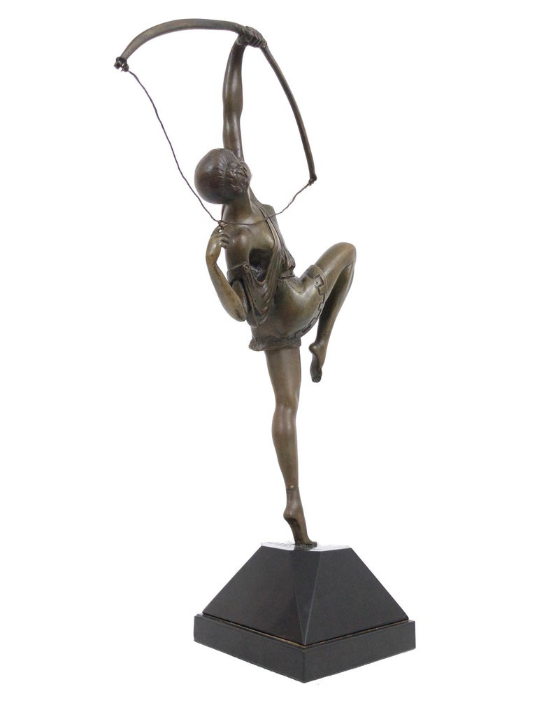 Archer sculpture in bronze