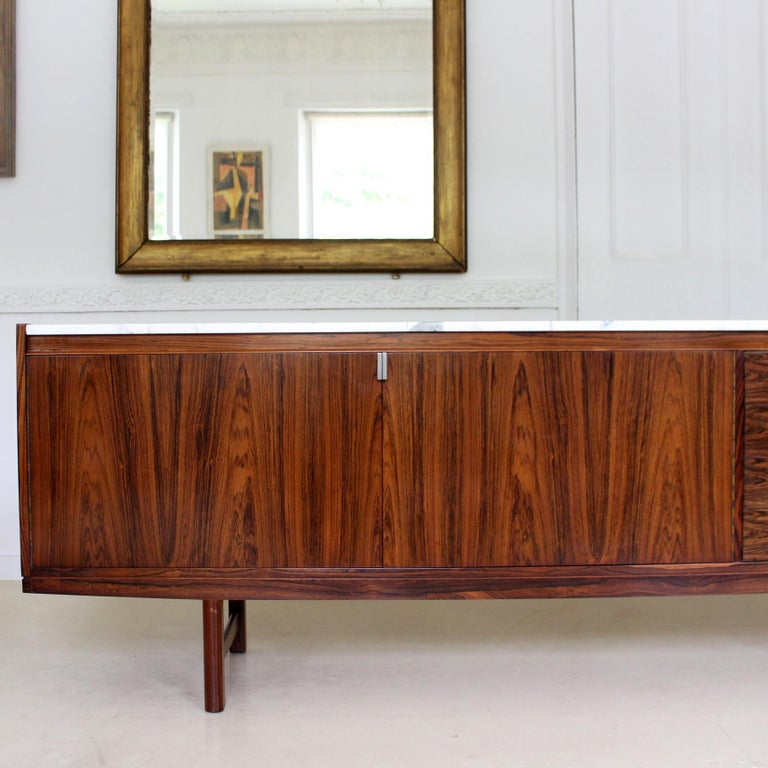 Archie Shine Robert Heritage Marble Brazilian Rosewood Sideboard In Good Condition For Sale In Newcastle upon Tyne, GB