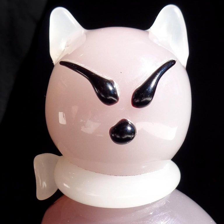 Hand-Crafted Archimede Seguso Murano Opal Purple White Italian Art Glass Kitty Cat Figure For Sale