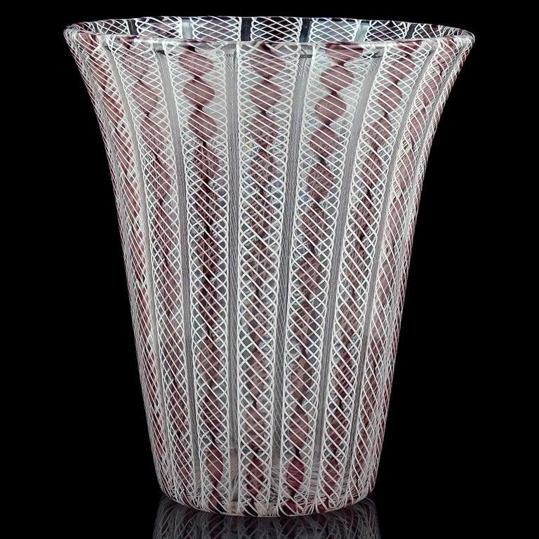 Mid-Century Modern Archimede Seguso Murano Purple White Zanfirico Ribbons Italian Art Glass Vase For Sale