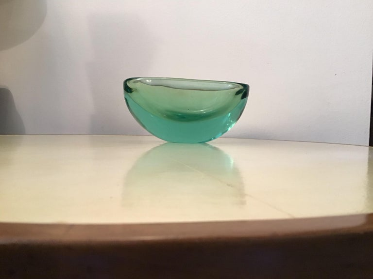 Archimede Seguso Oval Bowl, Green Submerged Glass Centrepiece, 1950 For Sale 7