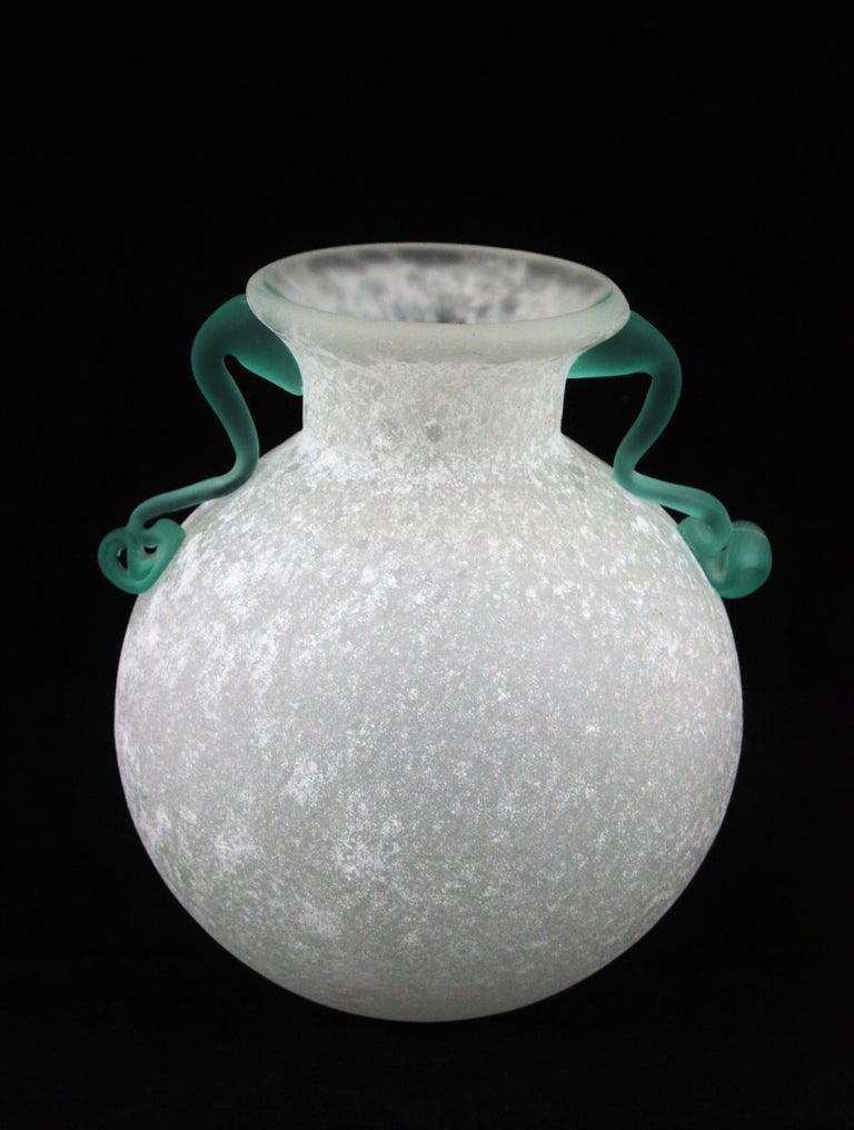 Archimede Seguso Scavo Corroso Art Glass Vase with Handles, Italy, 1960s For Sale 3