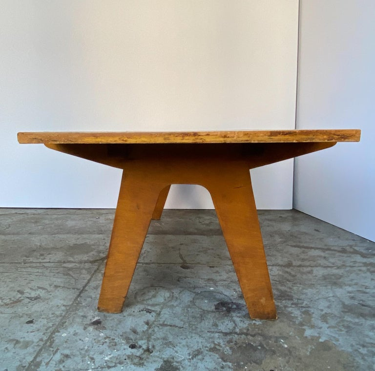 Carved Architectonic Cut Plywood Midcentury Cocktail Table For Sale