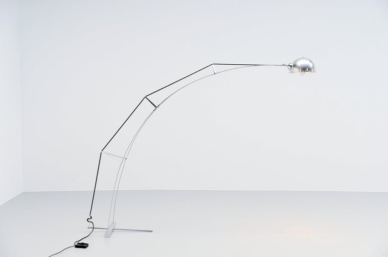 Italian Architectural arc floor lamp Italy 1970 For Sale