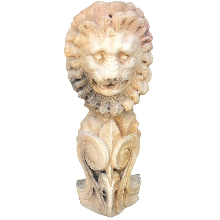 18th Century Architectural Lion Head For Sale