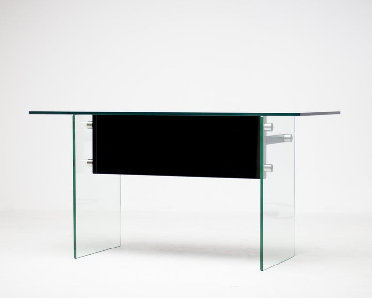 Architectural Glass Desk In Good Condition For Sale In Dronten, NL