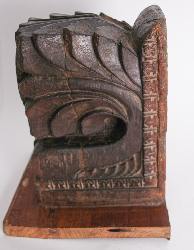 Architectural Hindu Temple Carved Wood Fragment from India For Sale 3